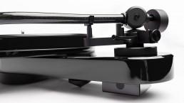 Pro-Ject RPM 3 Carbon in Black - Tonearm Profile