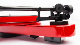 Pro-Ject RPM 3 Carbon in Red - Tonearm Profile